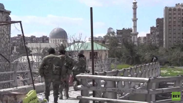 الجيش السوري يستعيد السيطرة على نقاط استراتيجية شرق دمشق