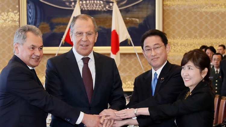 ظل الصين خيم على اللقاء الروسي الياباني