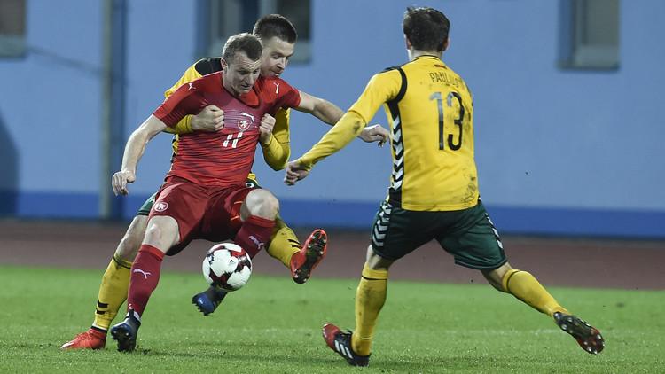 التشيك تكرم ضيفتها ليتوانيا بثلاثية