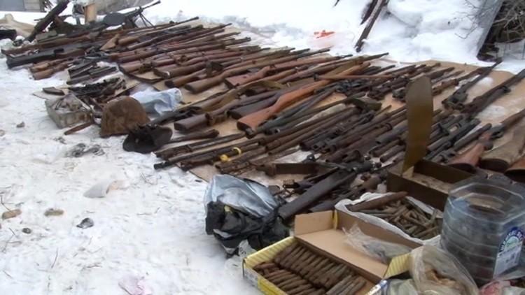 الأمن الروسي يضبط عصابة تهريب أسلحة من أمريكا