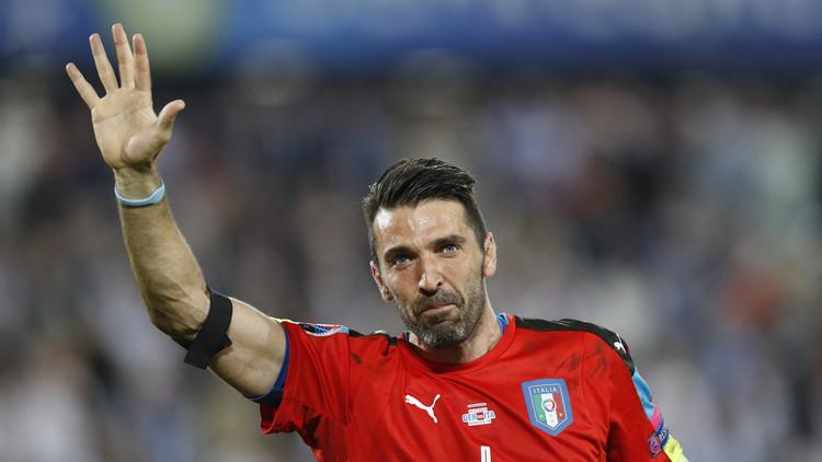 بوفون على موعد مع التاريخ في مواجهة إيطاليا وألبانيا