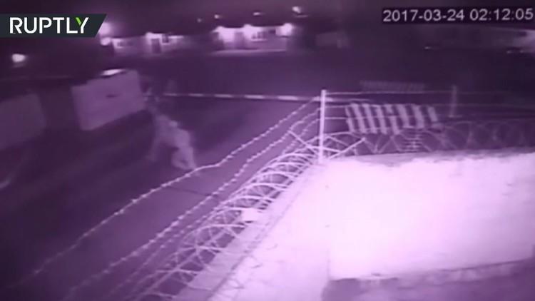 لحظة الهجوم على مركز الحرس الوطني الروسي في الشيشان