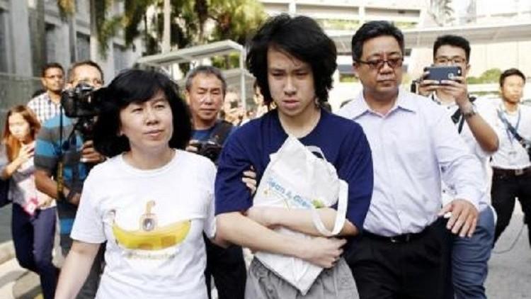 مدون سنغافوري انتقد الإسلام والمسيحية يحصل على لجوء سياسي في أمريكا