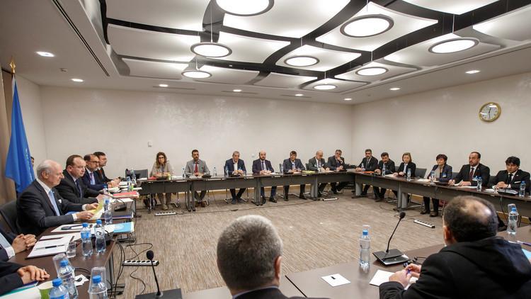 وكالة: هيئة التفاوض ترفض استلام وثيقة دي ميستورا حول السلات الأربع