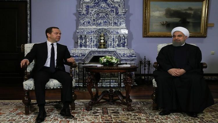 مدفيديف: زيارة روحاني تعمق العلاقات بين بلدينا