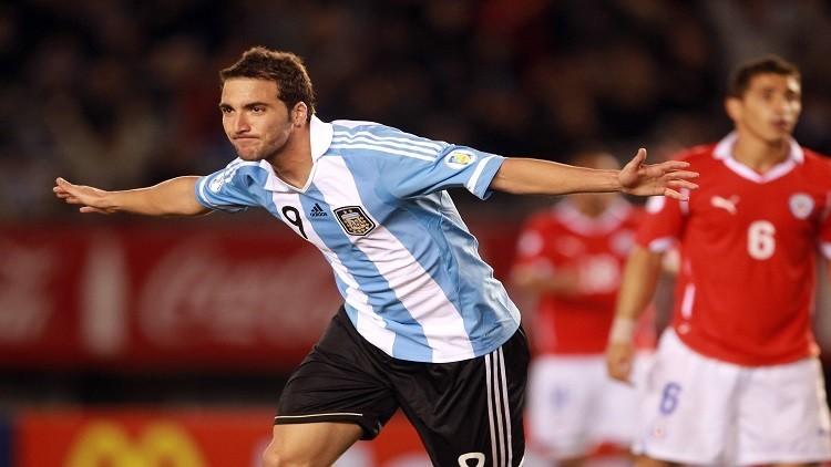 براتو بديلا لهيغواين الموقوف بتشكيلة الأرجنتين أمام بوليفيا