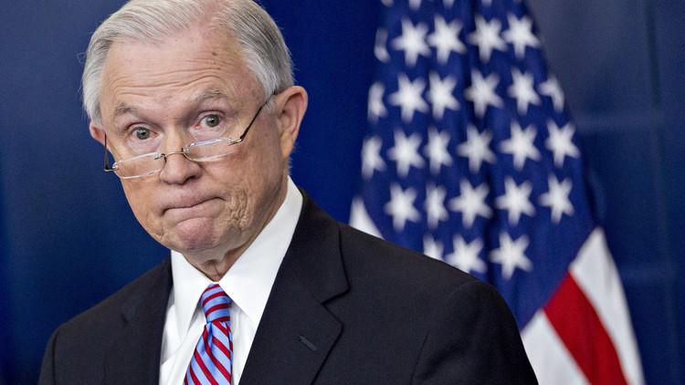 العدل الأمريكية تهدد بعقاب المدن المتسامحة مع اللاجئين
