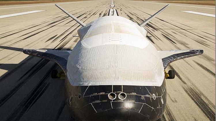 677 يوما في المدار ولا تزال مهمة طائرة سلاح الجو الأمريكي غامضة