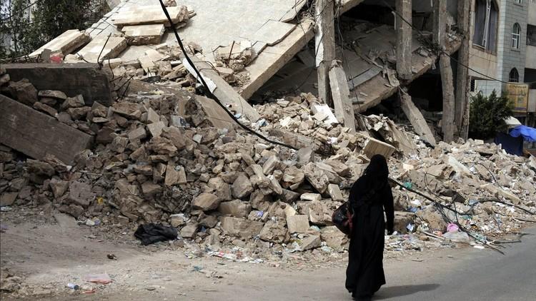 آثار غارات التحالف العربي على صنعاء