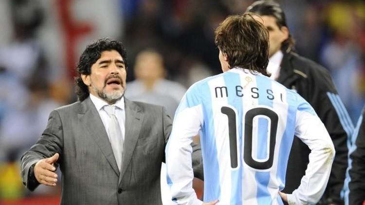 مارادونا: الاتصال بأوباما أسهل من ميسي!
