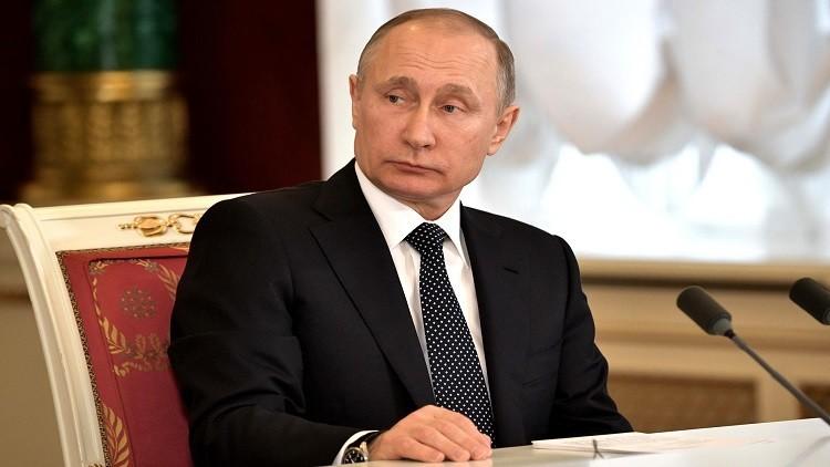 بوتين: الاحتجاج العشوائي سبب الربيع العربي الدامي والفوضى في أوكرانيا