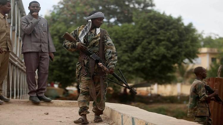 ترامب يوسع التفويض للجيش بمحاربة المتشديين في الصومال