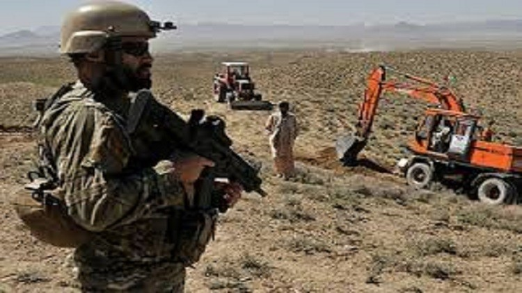 باكستان تبني جدارا على الحدود مع أفغانستان