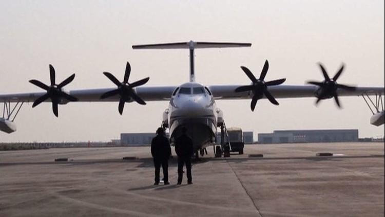 الصين تضع اللمسات الأخيرة على أكبر طائرة برمائية