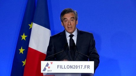 فيون يرفض سحب ترشحه للانتخابات الرئاسية الفرنسـية رغم اسـتدعائه للمثول أمام القضاء