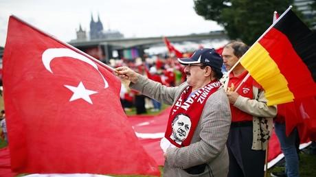 أفراد من الجالية التركية في ألمانيا