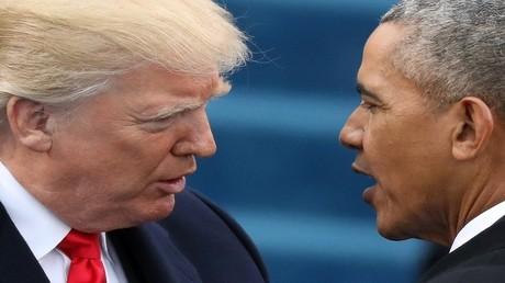 صورة من الأرشيف لباراك أوباما ودونالد ترامب