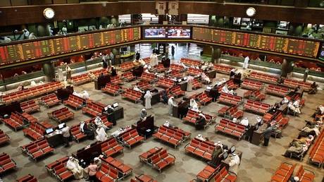 بورصة الكويت تواجه نزوح الشركات