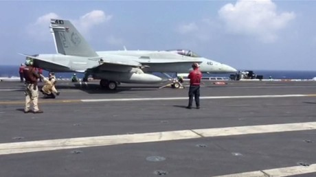 مقاتلات أمريكية تقوم بحلقات استطلاعية في بحر الصين الجنوبي
