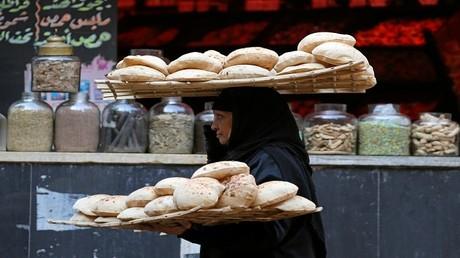 الأمن يفض احتجاجات الخبز في الإسكندرية
