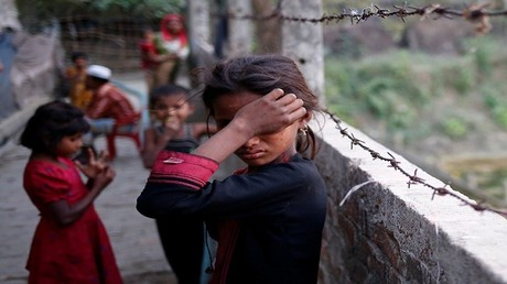 لاجئون من ميانمار