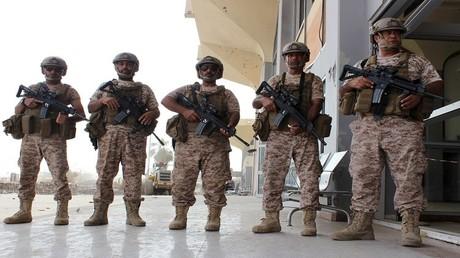جنود إماراتيين من التحالف العربي