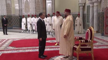 العاهل المغربي يكلف سعد الدين العثماني بتشكيل الحكومة