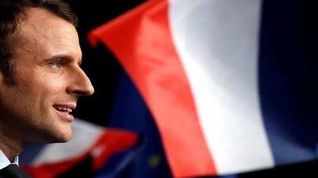 وزير الاقتصاد الفرنسي السابق والمرشح للانتخابات الفرنسية إيمانويل ماكرون