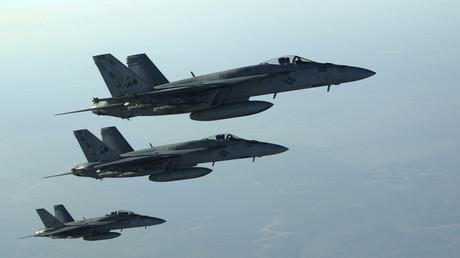 """طائرات حربية للتحالف الدولي ضد """"داعش"""""""