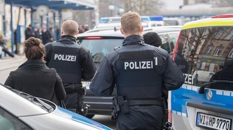 أفراد من الشرطة الألمانية في مهمة