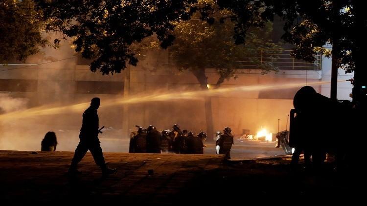 الشرطة تفتح النار على المتظاهرين في عاصمة باراغواي