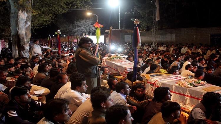 قاتل 20 باكستانيا عند مزار صوفي يشرح دوافع جريمته!