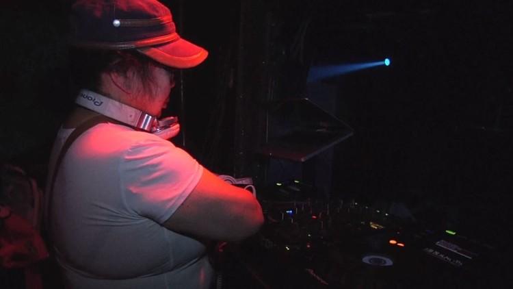 يابانية أصبحت DJ في الـ 80 من عمرها