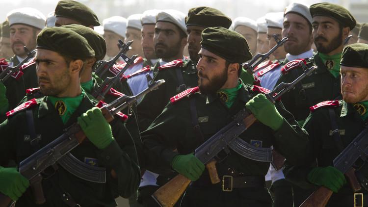 الحرس الثوري الإيراني يفرج عن أمريكي