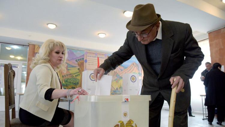 الحزب الحاكم في أرمينيا يتصدر الانتخابات البرلمانية