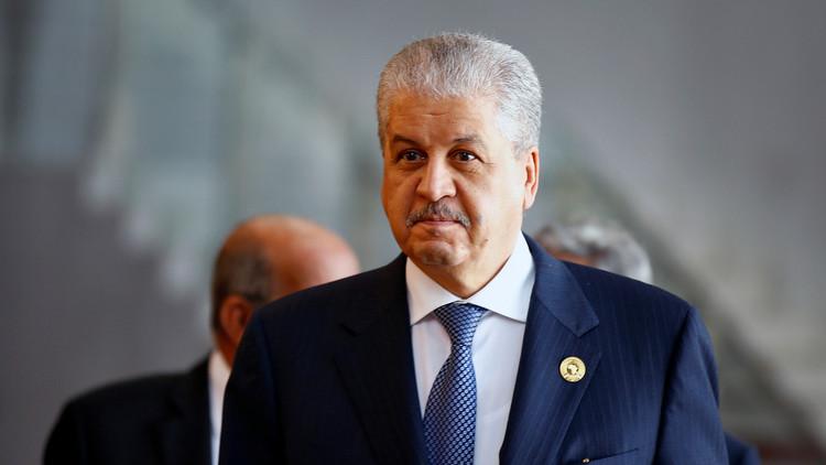 الجزائر تنشر روايتها عما دار بين وزيرها الأول ووزير الثقافة الإيراني