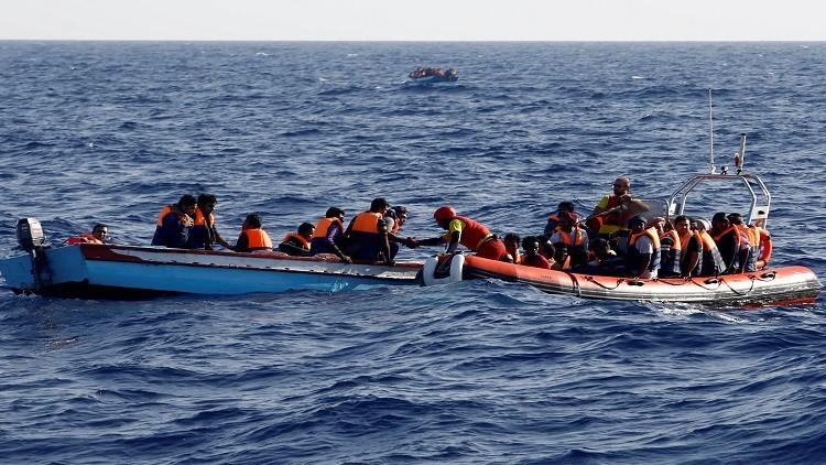 إنقاذ 157 مهاجرا قبالة السواحل الليبية