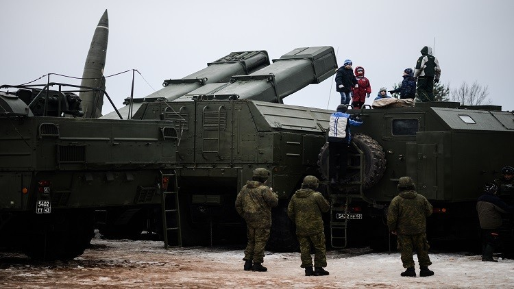 مناورات روسية بصواريخ قيل إنها استخدمت في سوريا