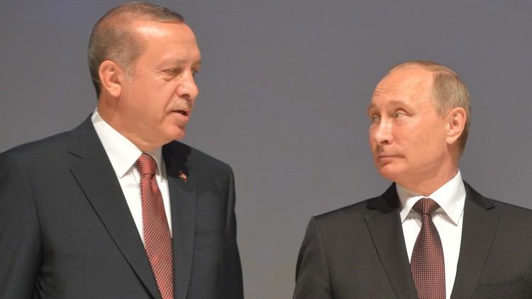 بوتين وأردوغان يبحثان الوضع في خان شيخون ويتفقان على تعزيز الهدنة
