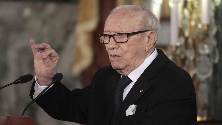 السبسي: لا مانع من إعادة العلاقات الدبلوماسية مع دمشق