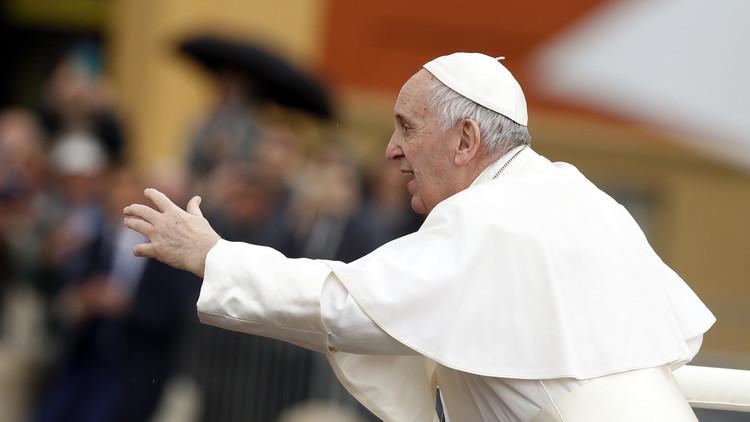 بابا الفاتيكان: مذبحة خان شيخون مرفوضة