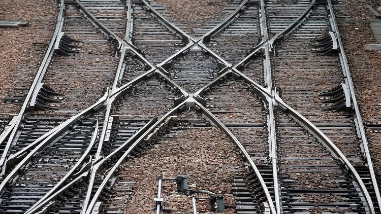 إسرائيل تقترح ربطها بالسعودية عبر سكة حديد