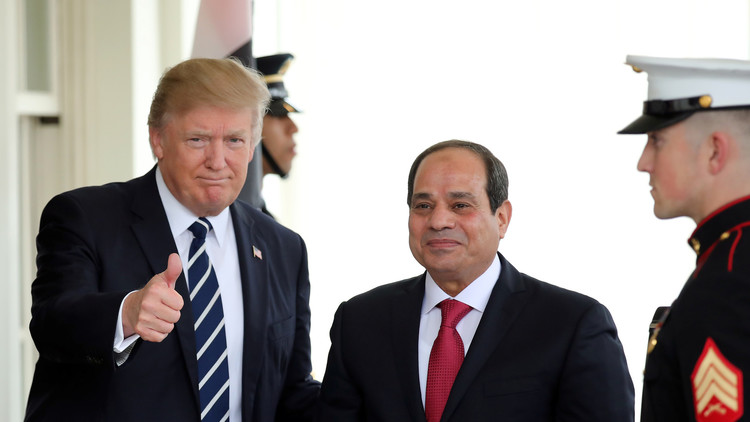 دونالد ترامب أعاد تشغيل العلاقات مع العسكريين المصريين
