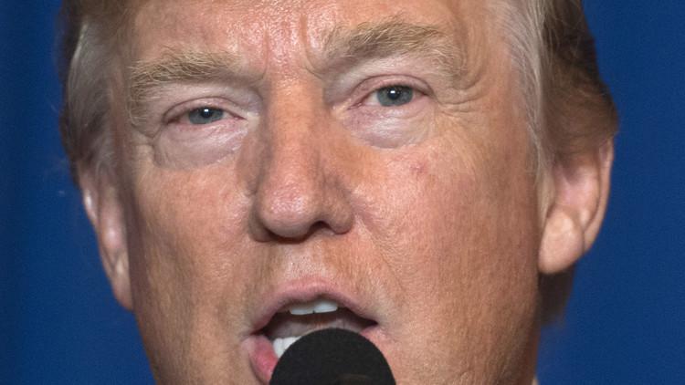 دونالد ترامب أمر بتوجيه ضربات إلى سوريا