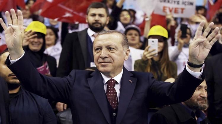تركيا تمنع 100 هولندي من مغادرتها بسبب أردوغان