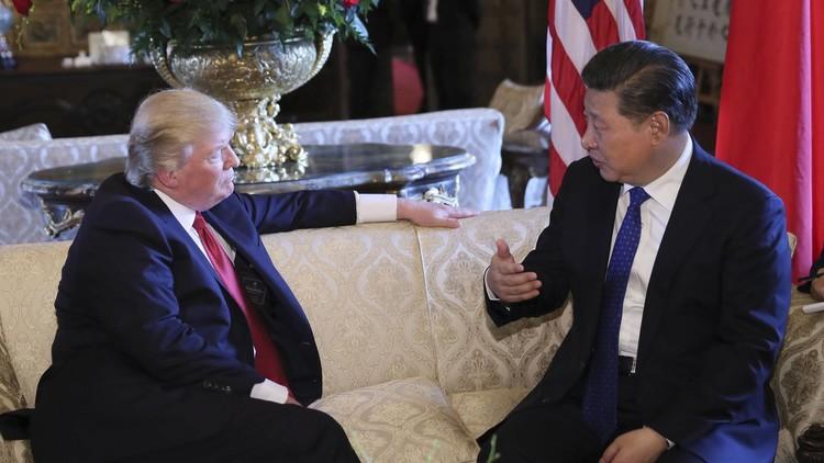 ترامب يبلغ نظيره الصيني شخصيا بالضربات ضد سوريا في أول لقاء بينهما