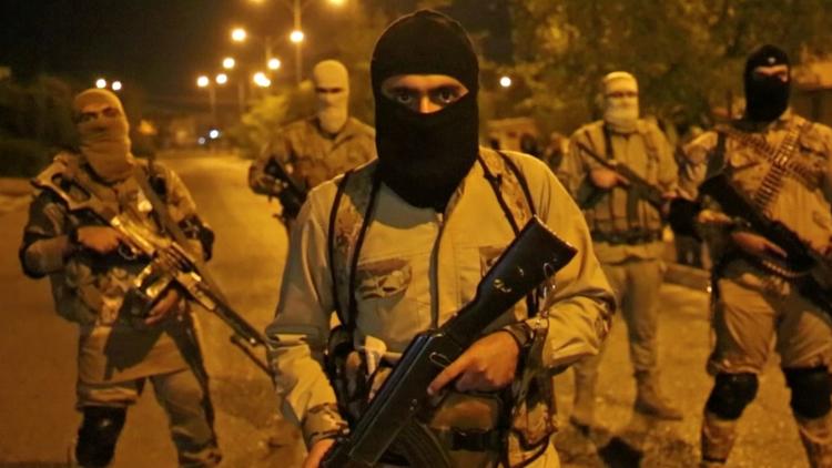 شهود عيان يصفون مجزرة داعش بحق 100 عراقي في الموصل