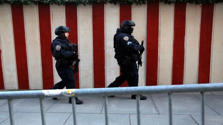 السلطات الأمريكية تبحث عن لص أسلحة أعرب عن استيائه من ترامب