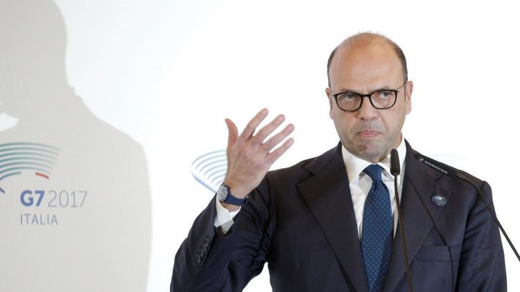 وزير الخارجية الإيطالي يحذر من أي محاولة لعزل روسيا