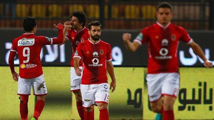 الأهلي يواصل التحليق منفردا في صدارة الدوري المصري